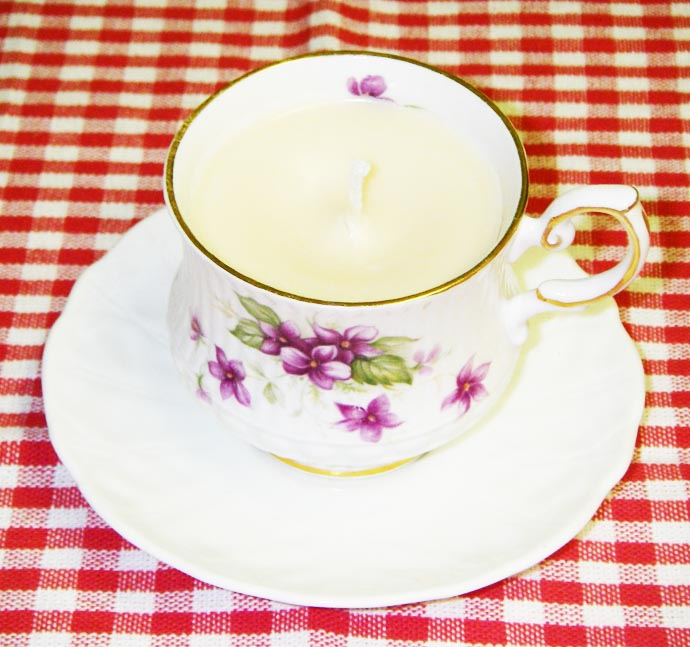 AD-Ideas-How-To-Reuse-Tea-Cup-Artistically-24