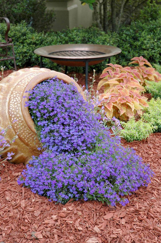 AD-Spilled-Flowers-Garden-Ideas-03