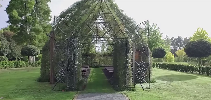 AD-Tree-Church-Nature-Installation-Barry-Cox-New-Zealand-7