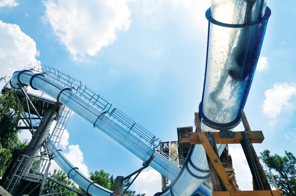 AD-World's-Scariest-Waterslides-10