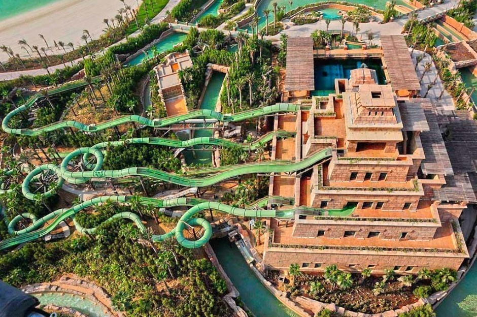 AD-World's-Scariest-Waterslides-2