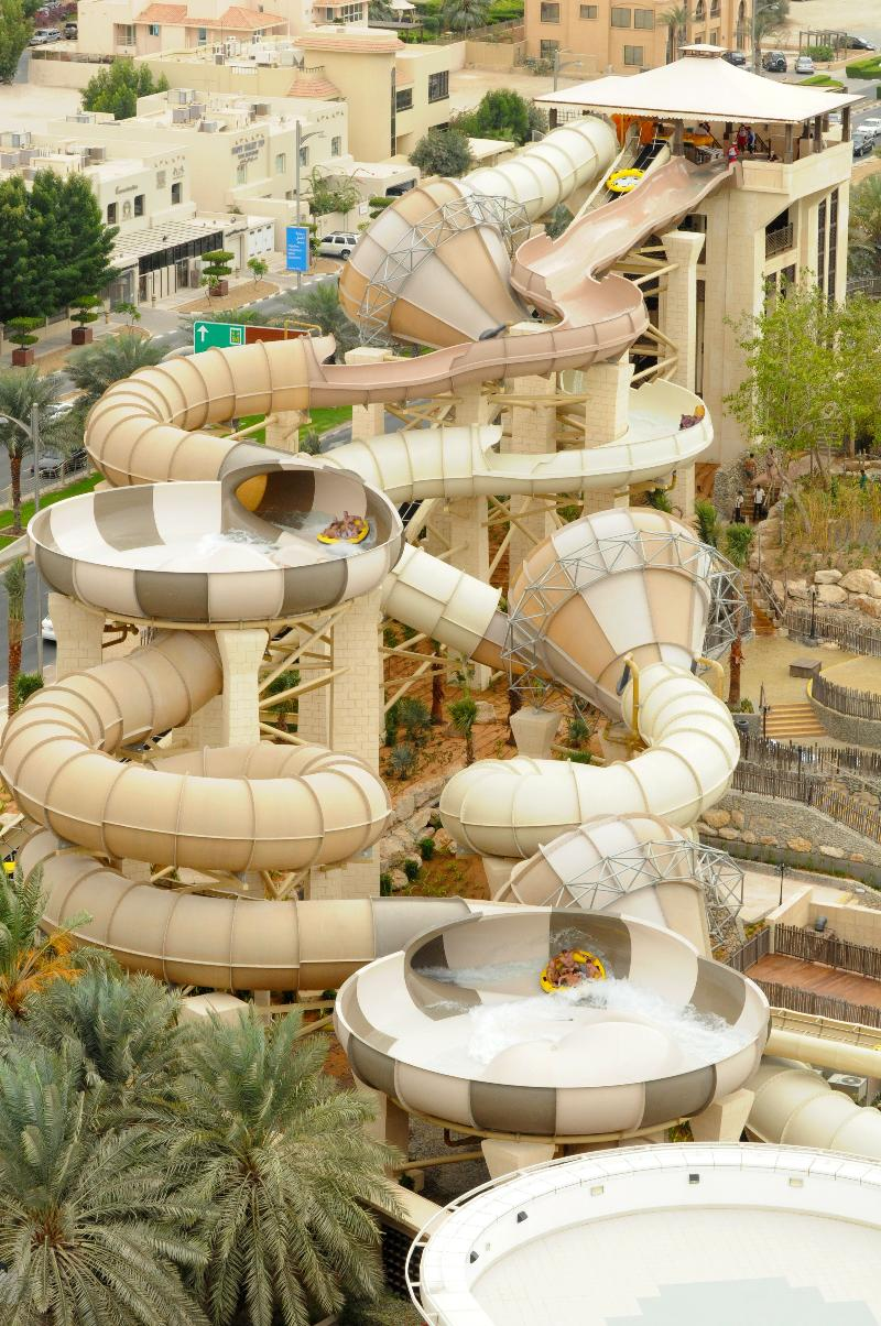 AD-World's-Scariest-Waterslides-23