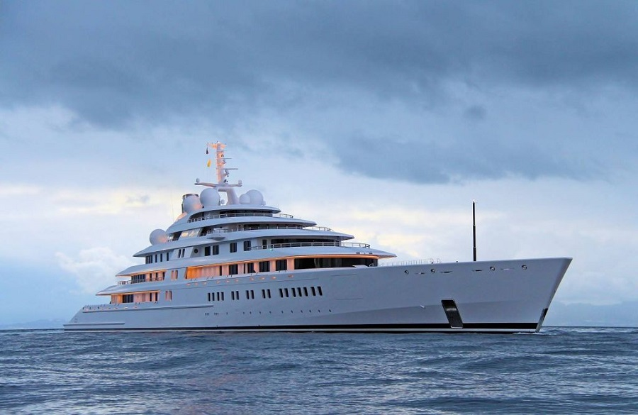 08-AD-Topaz-Mansour-Bin-Zayed-Al-Nahyan-Yacht