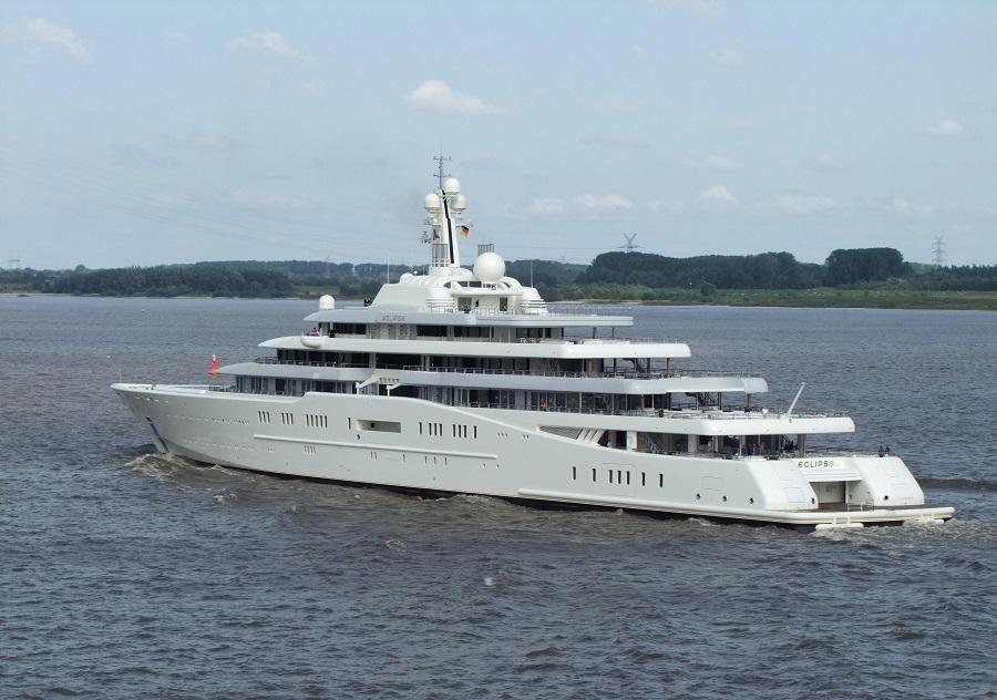 17-AD-Eclipse-Roman-Abramovich-Yacht-1