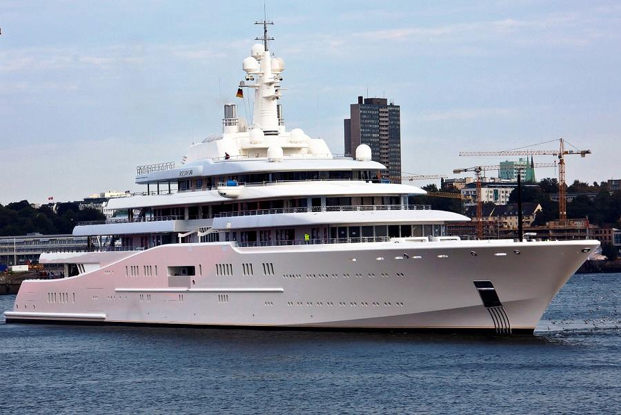 17-AD-Eclipse-Roman-Abramovich-Yacht