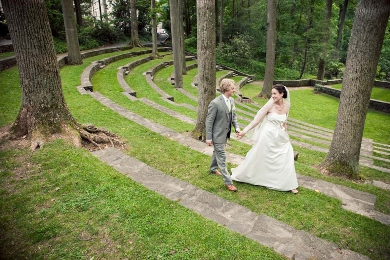 AD-Beautiful-Colleges-You-Can-Get-Married-At-09