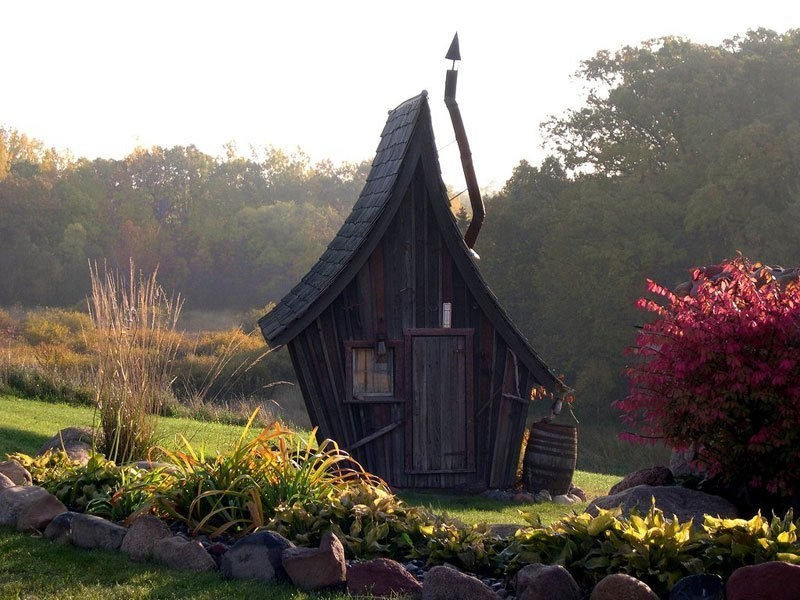 AD-Dan-Pauly-Builds-Rustic-Cabins-From-Reclaimed-Wood-01