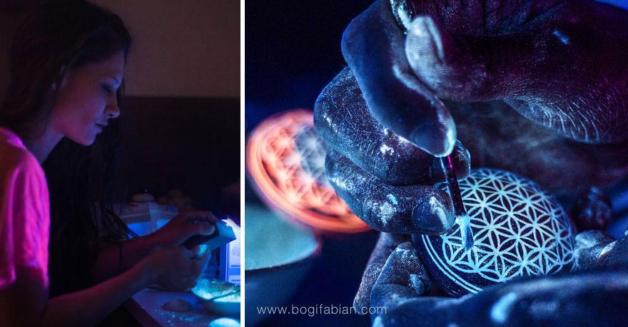 AD-Imaginary-Glowing-Ceramics-Created-by-Hungarian-Artist-Bogi-Fabian-02