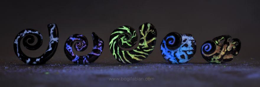 AD-Imaginary-Glowing-Ceramics-Created-by-Hungarian-Artist-Bogi-Fabian-14