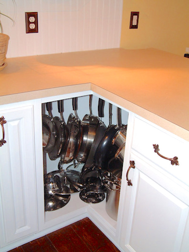 AD-Insanely-Clever-Ways-To-Organize-Your-Tiny-Kitchen-16