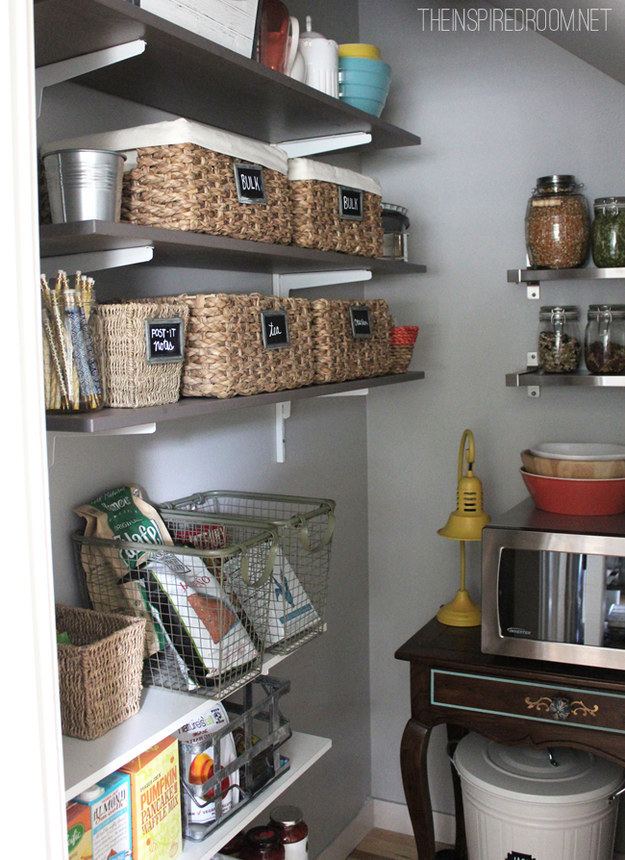 30 Insanely Clever Ways To Organize Your Tiny Kitchen