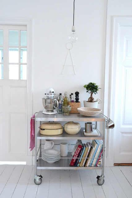 AD-Insanely-Clever-Ways-To-Organize-Your-Tiny-Kitchen-26