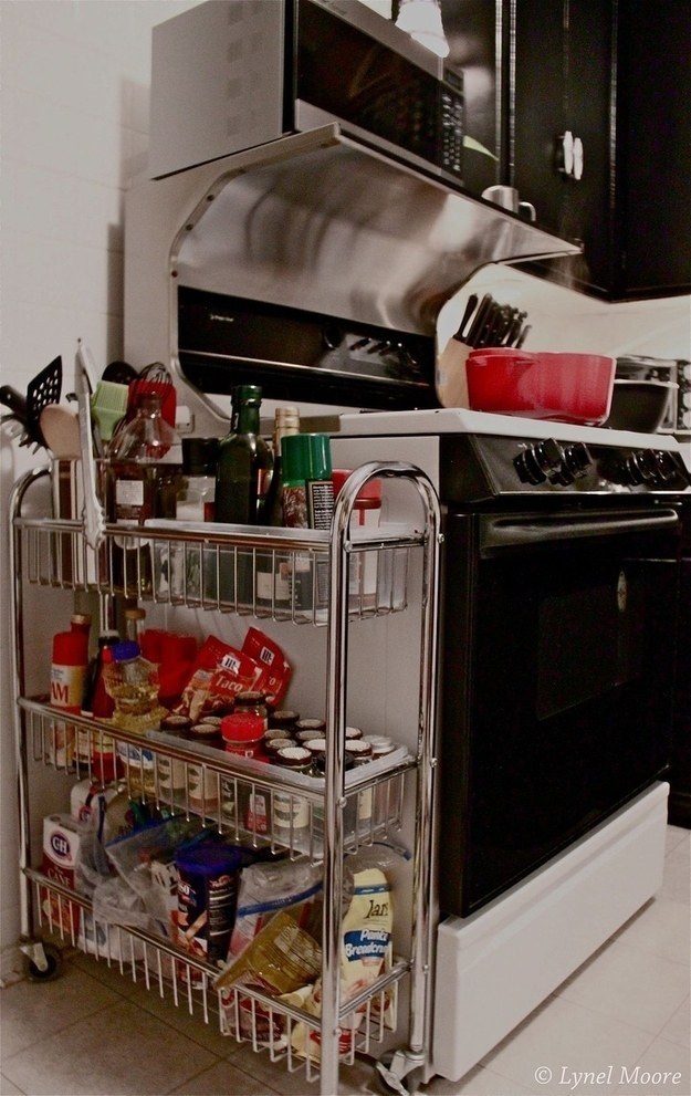 AD-Insanely-Clever-Ways-To-Organize-Your-Tiny-Kitchen-27