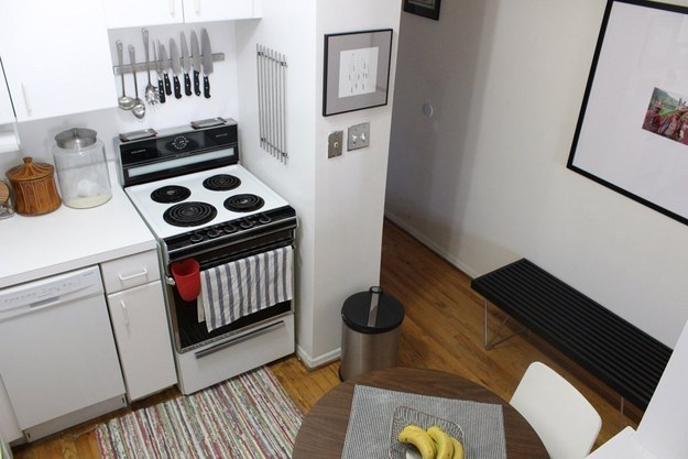 AD-Insanely-Clever-Ways-To-Organize-Your-Tiny-Kitchen-31