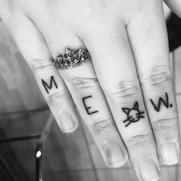 AD-Minimalistic-Cat-Tattoos-66