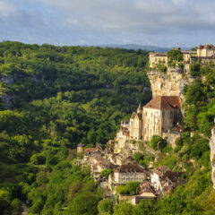 40+ Reasons To Never Visit France