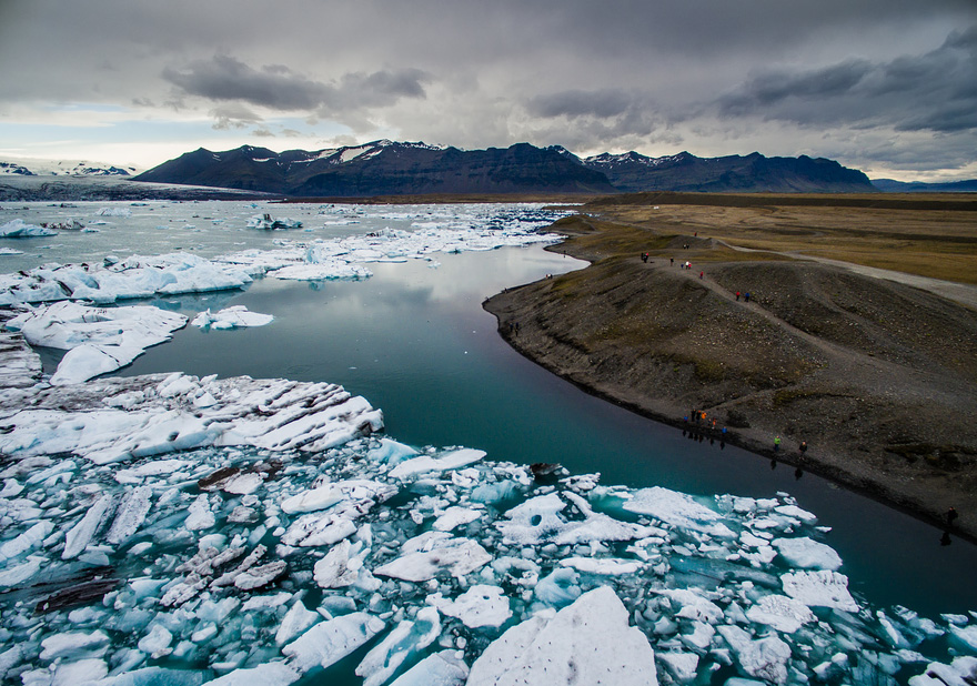 AD-Reasons-To-Visit-Iceland-With-A-Drone-03-1