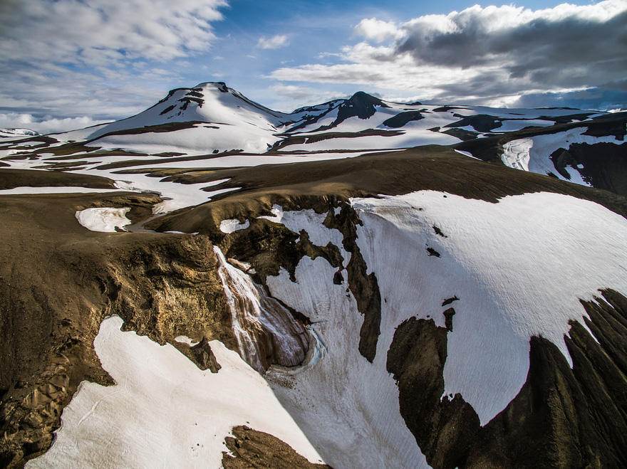 AD-Reasons-To-Visit-Iceland-With-A-Drone-08