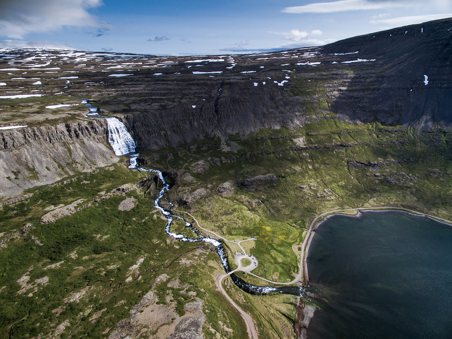 AD-Reasons-To-Visit-Iceland-With-A-Drone-09-1