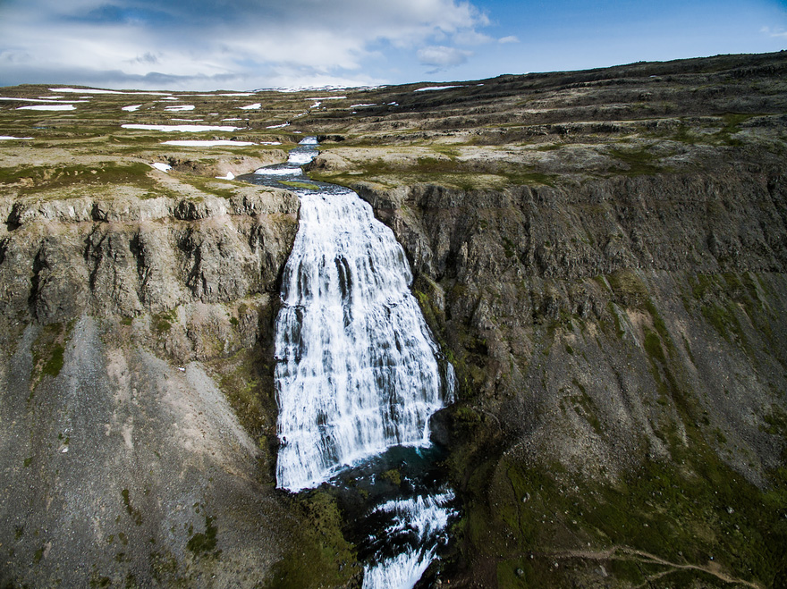 AD-Reasons-To-Visit-Iceland-With-A-Drone-09