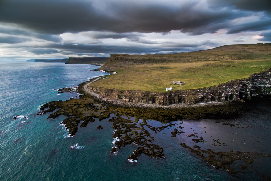 AD-Reasons-To-Visit-Iceland-With-A-Drone-12