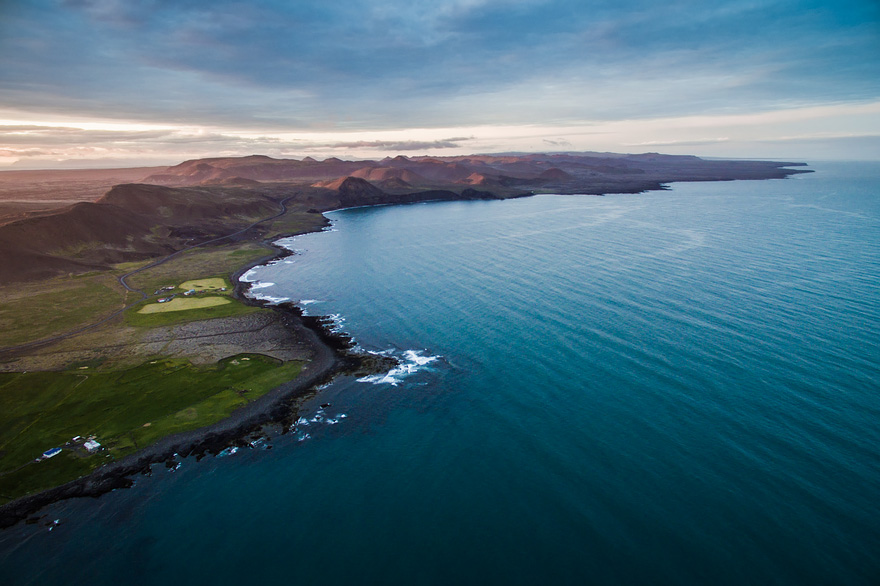 AD-Reasons-To-Visit-Iceland-With-A-Drone-18