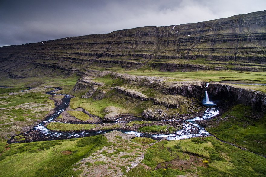 AD-Reasons-To-Visit-Iceland-With-A-Drone-20-1
