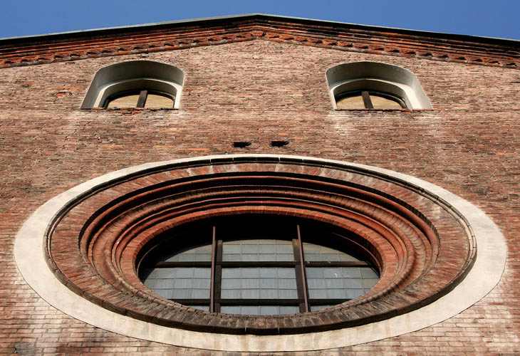 AD-Strange-Houses-With-Human-Faces-07