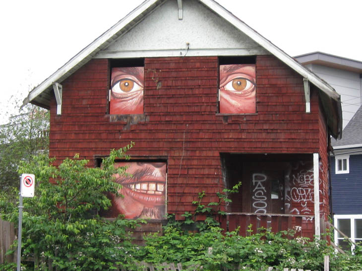 AD-Strange-Houses-With-Human-Faces-29