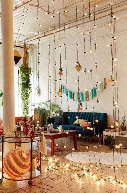 AD-Super-Cozy-Ways-To-Use-String-Lights-In-Your-Home-13