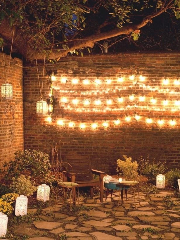 AD-Super-Cozy-Ways-To-Use-String-Lights-In-Your-Home-17