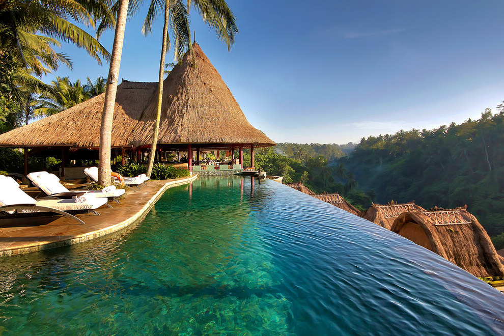AD-The-Most-Secluded-Hotels-In-The-World-08