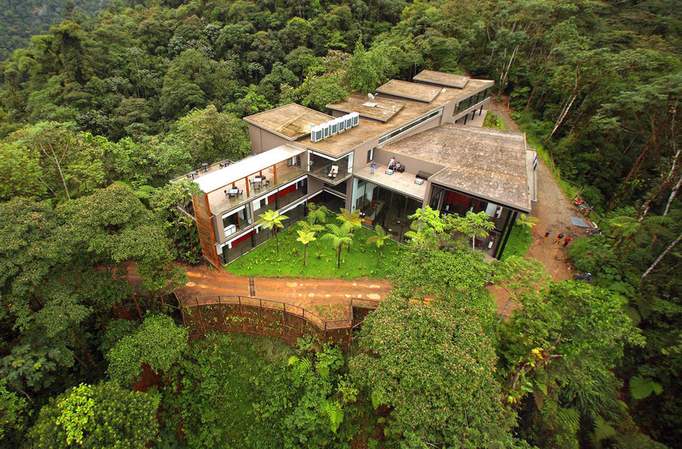 AD-The-Most-Secluded-Hotels-In-The-World-19