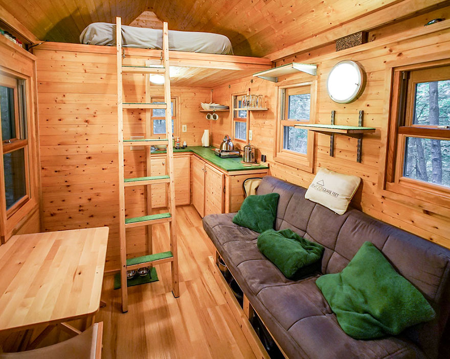 AD-These-People-Live-In-Houses-Smaller-Than-Your-Bedroom-25