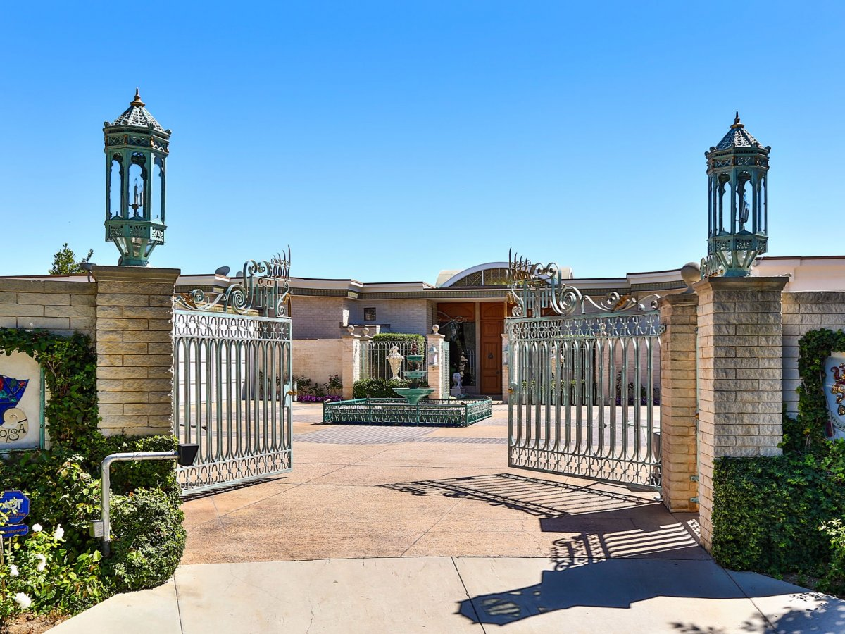 AD-$135-Million-Mansion-Beverly-Hills-04