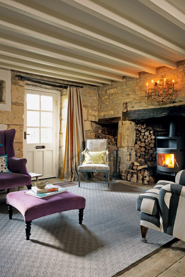 AD-18th-Century-Cottage-In-The-Cotswolds-02