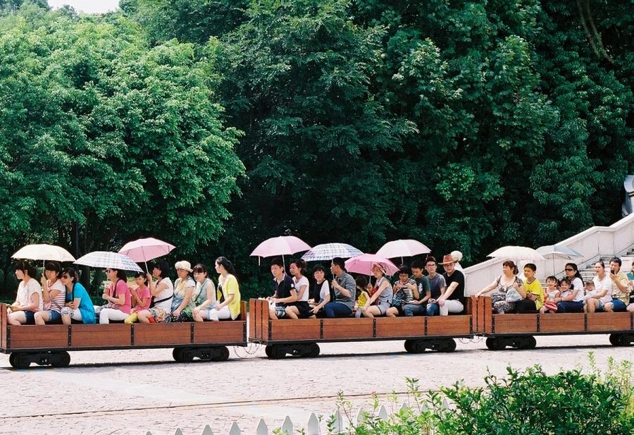 AD-China's-Theme-Park-Full-Of-World-Landmarks-08