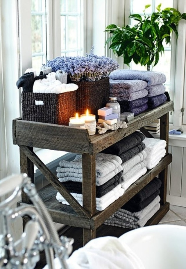AD-DIY-Storage-Ideas-To-Organize-your-Bathroom-28