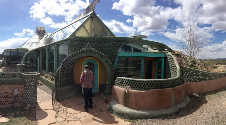 AD-Earthship-Sustainable-Homes-12
