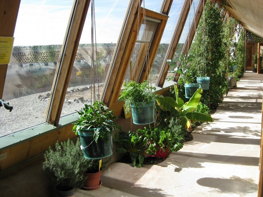 AD-Earthship-Sustainable-Homes-13