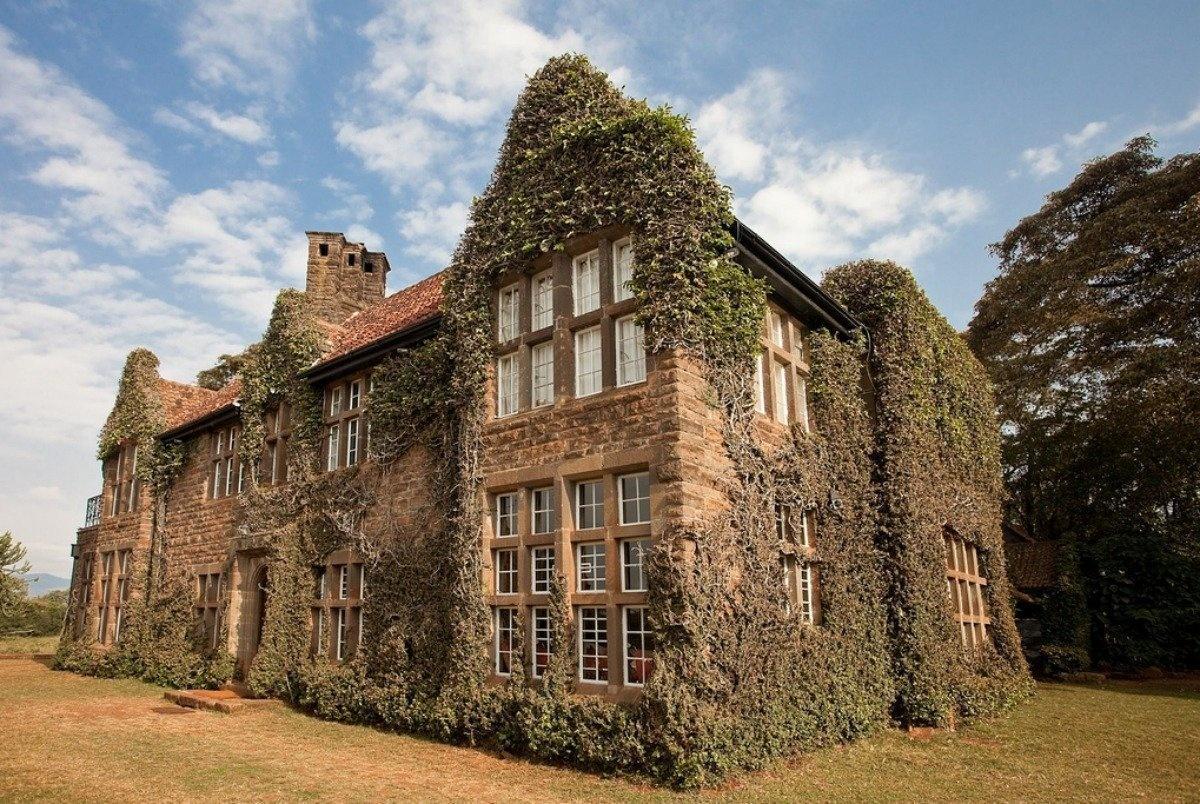 AD-Girrafe-Manor-Nairobi-Kenya-02