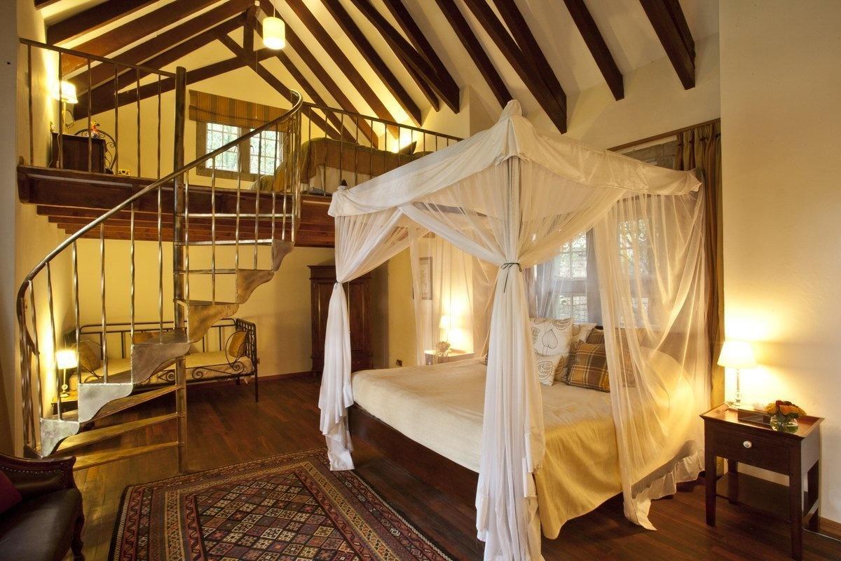 AD-Girrafe-Manor-Nairobi-Kenya-12