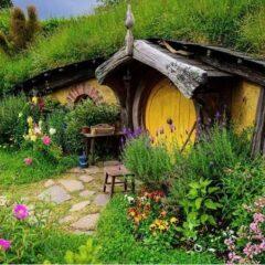 Hobbiton – The Real Hobbit Village In Matamata, New Zealand