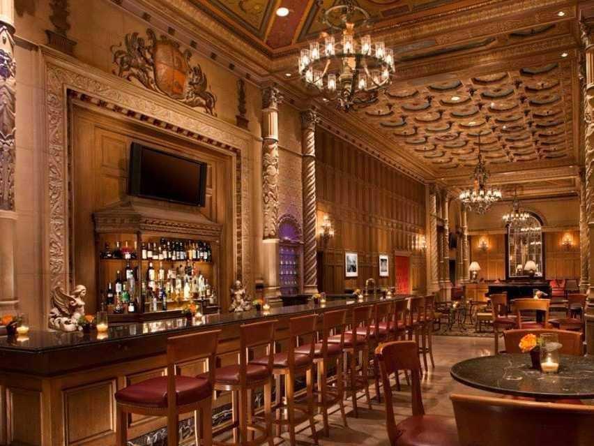 AD-Iconic-American-Hotel-Bars-12