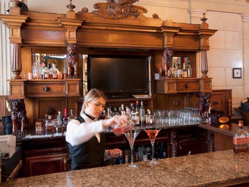 AD-Iconic-American-Hotel-Bars-16