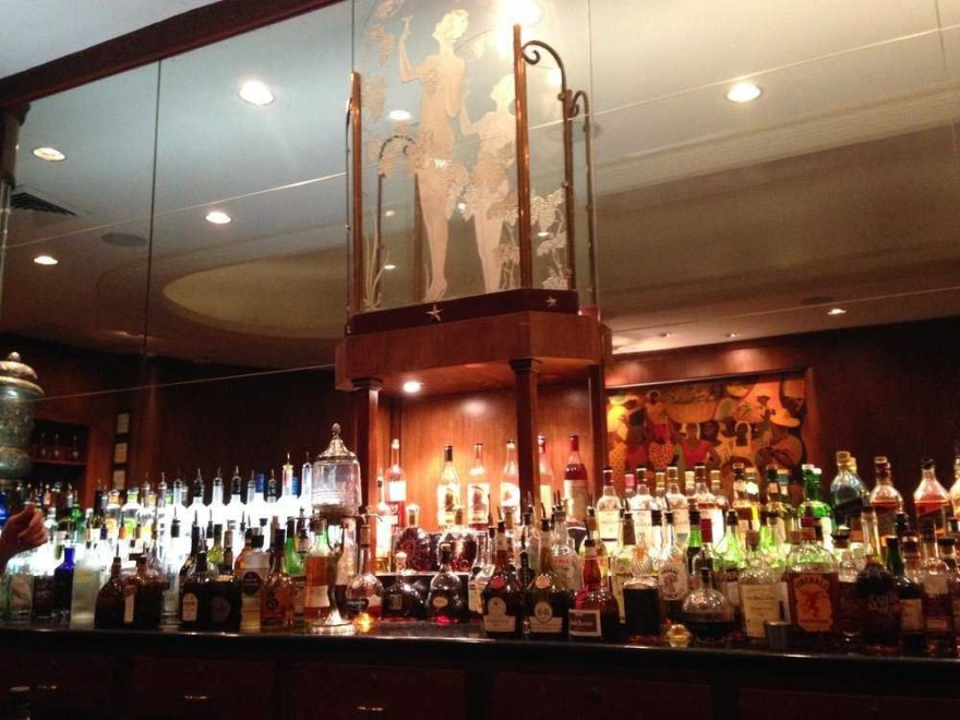 AD-Iconic-American-Hotel-Bars-26