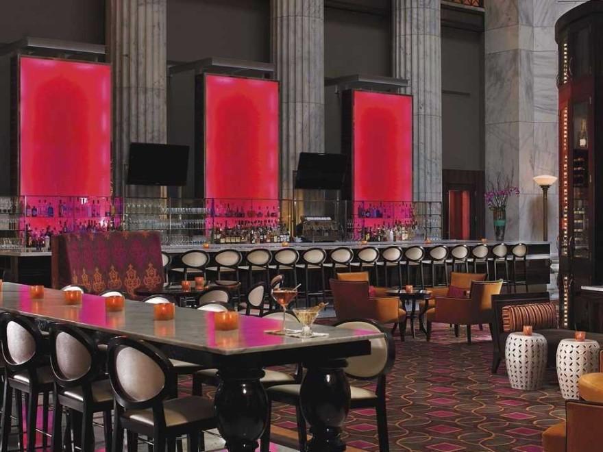 AD-Iconic-American-Hotel-Bars-30