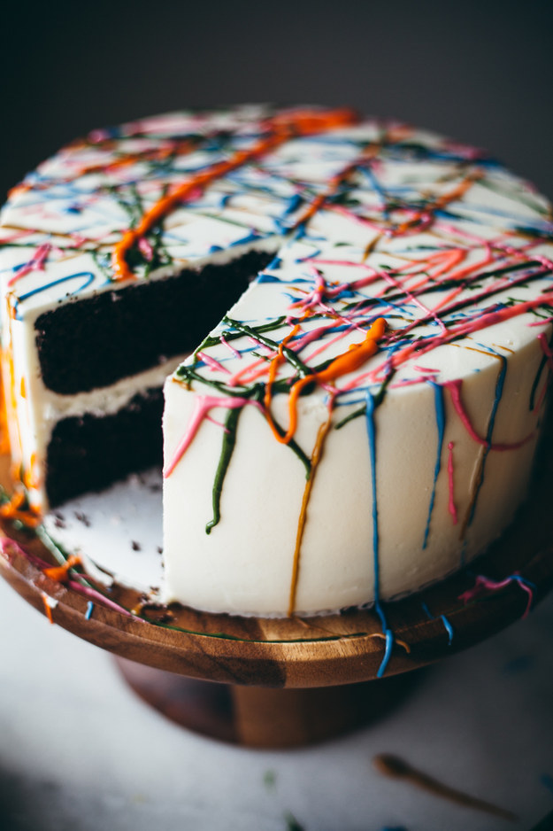 25 Insanely Creative Ways To Decorate A Cake That Are Easy AF