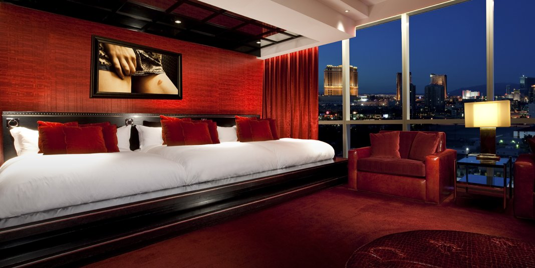AD-Insanely-Lavish-Hotel-Suits-To-Stay-In-Before-You-Die-05