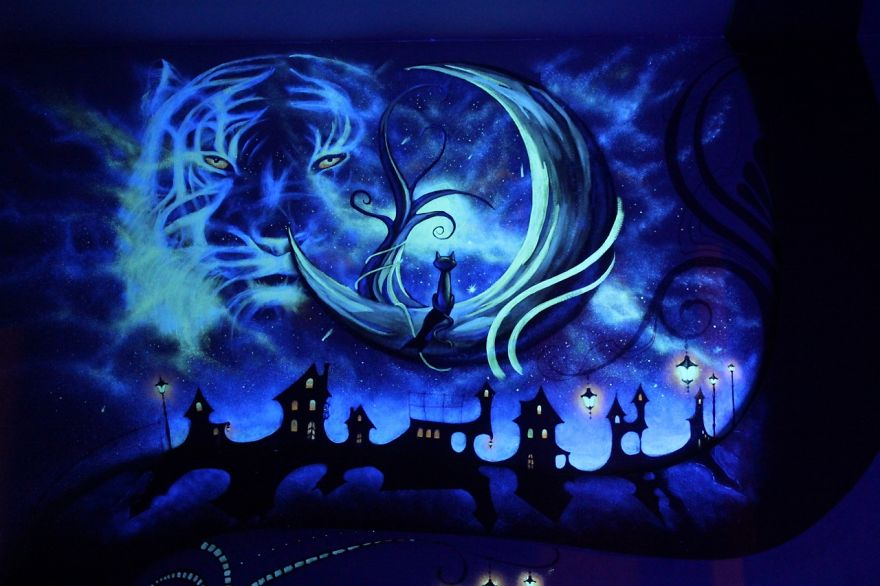 AD-K-S-Fairytale-ie-Mesmerizing-3D-Glow-In-The-Dark-Mural-08